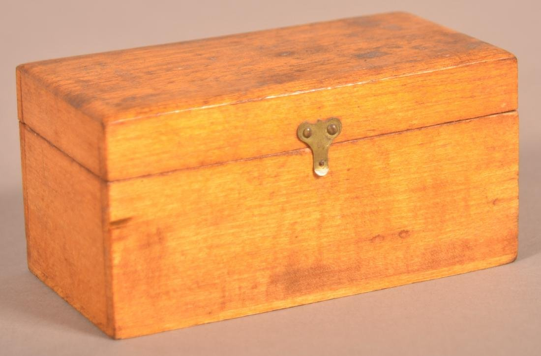 Henry Lapp Small Wood Hinged Lid Box.