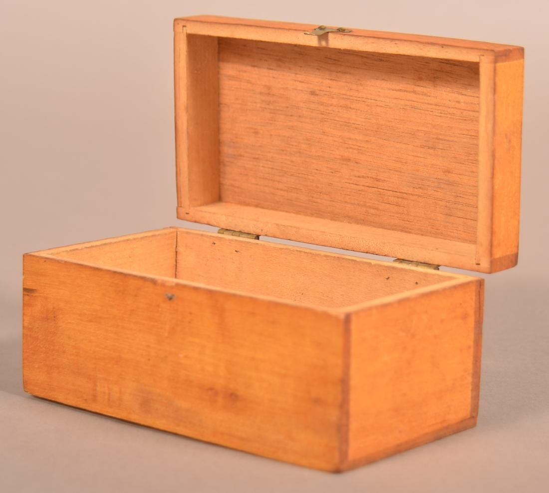 Henry Lapp Small Wood Hinged Lid Box. - 4