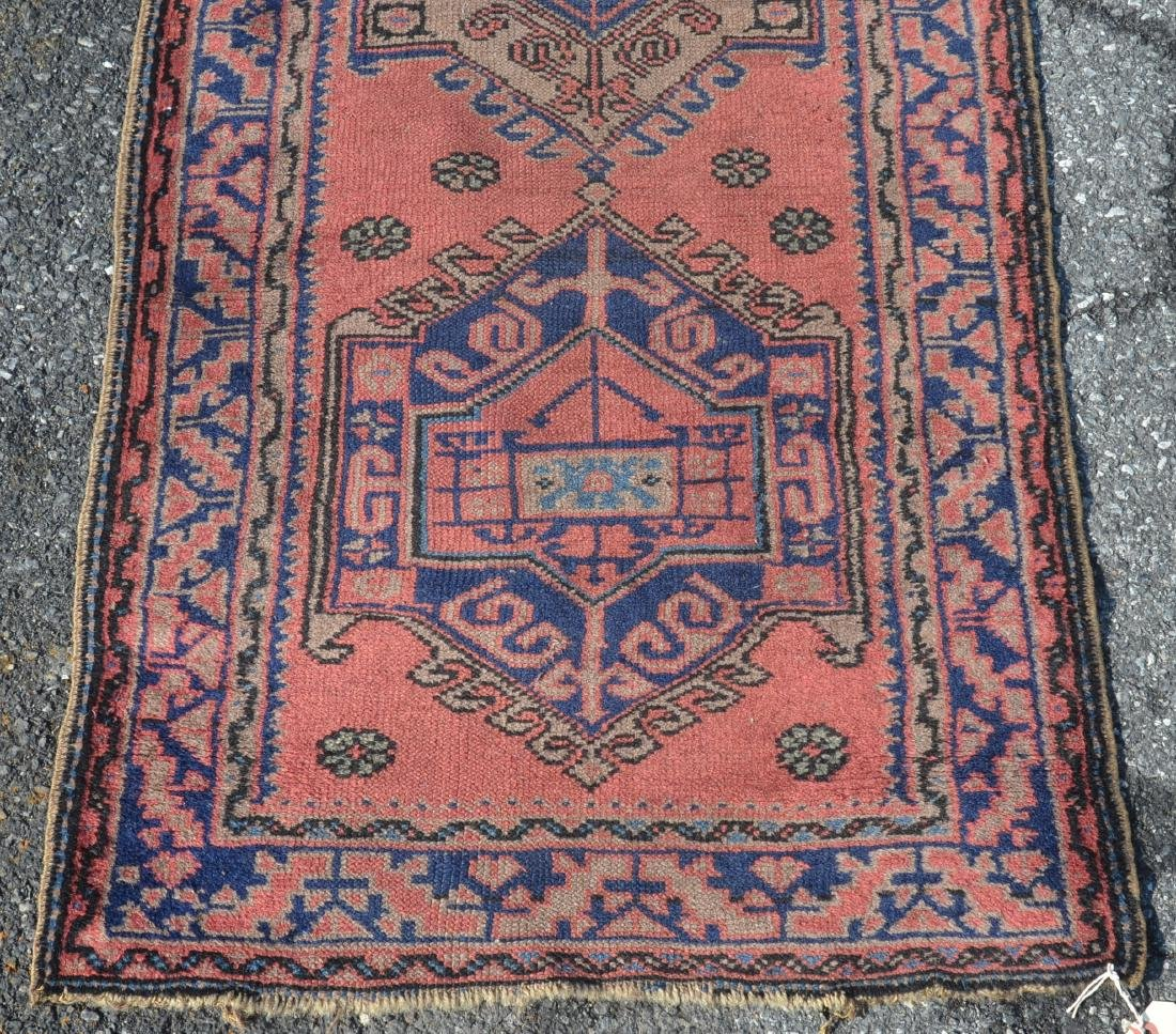 Antique Medallion Pattern Oriental Runner. - 4