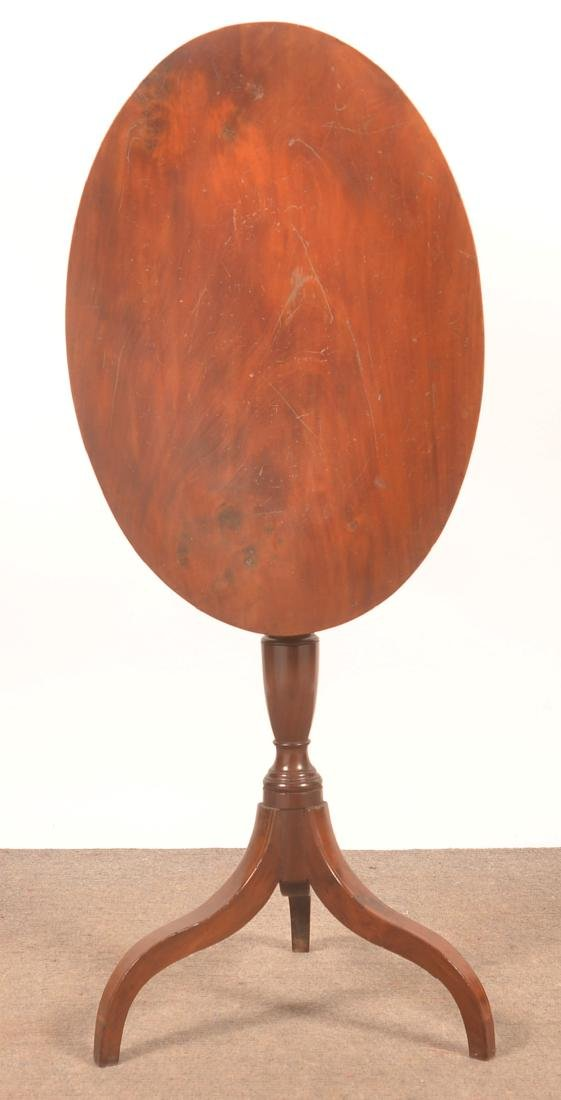 Federal Mahogany Line Inlaid Tilt-top Candlestand. - 2
