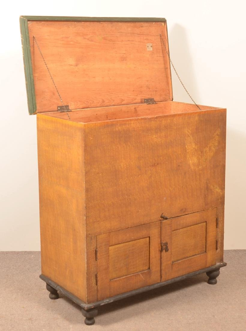 PA 19th Century Grain Painted Softwood Flour Chest. - 2