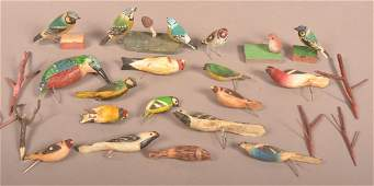 18 Vintage Carved & Painted Wood Bird Figures.