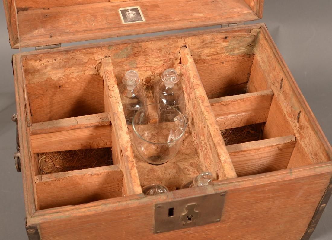 19th Century Oak Case Liquor Casket. - 8