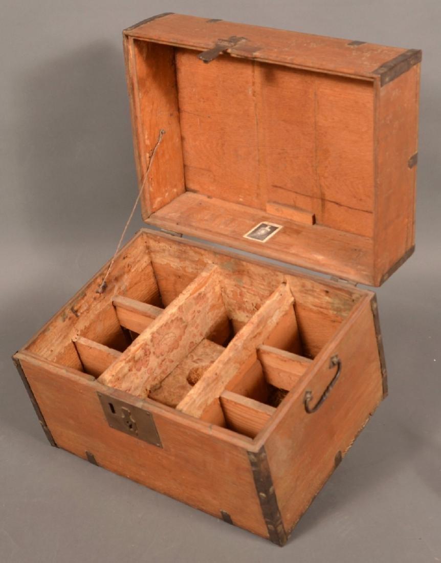 19th Century Oak Case Liquor Casket. - 9