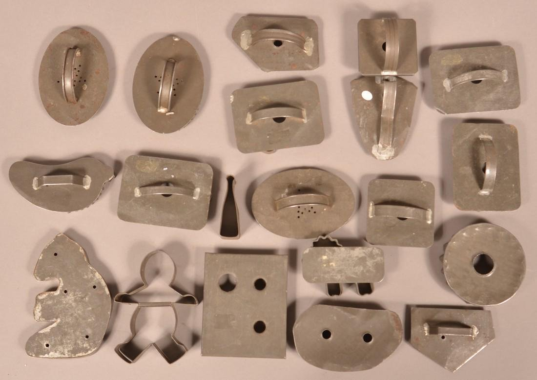 20 Antique Tin Cookie Cutters. - 2