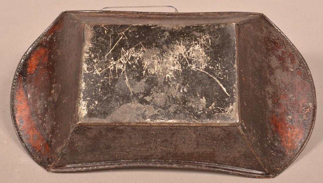 Pennsylvania 19th Century Toleware Apple Tray. - 3