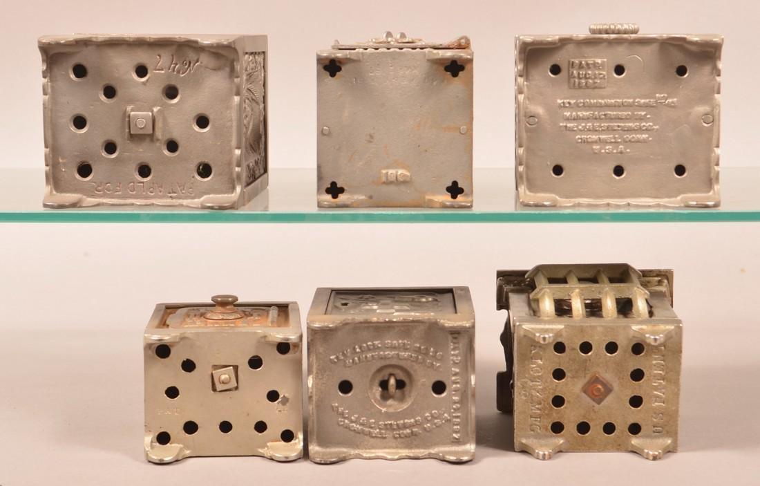 Six Antique/Vintage Cast Iron Safe Still Banks. - 3