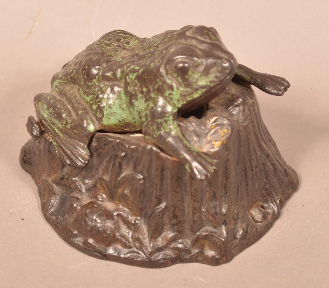 Frog on Stump Cast Iron  Mechanical Bank. - 3