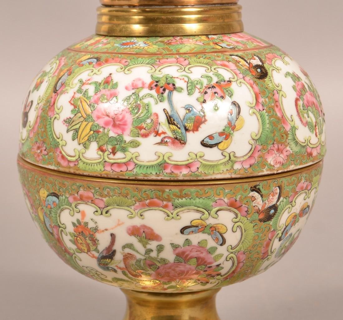 Antique Rose Medallion Oriental Porcelain Lamp. - 3