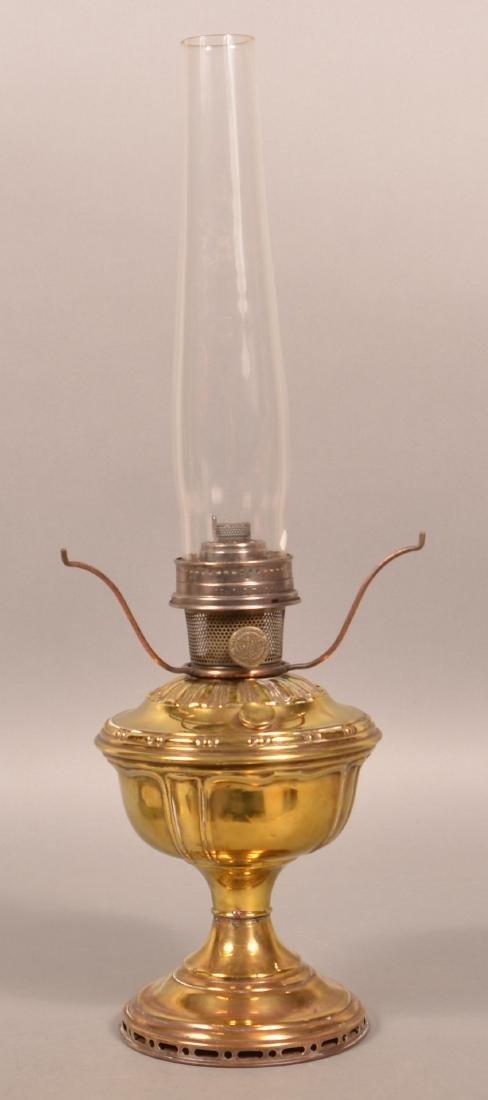 Brass Pedestal Fluid Lamp with Aladdin Burner. - 2