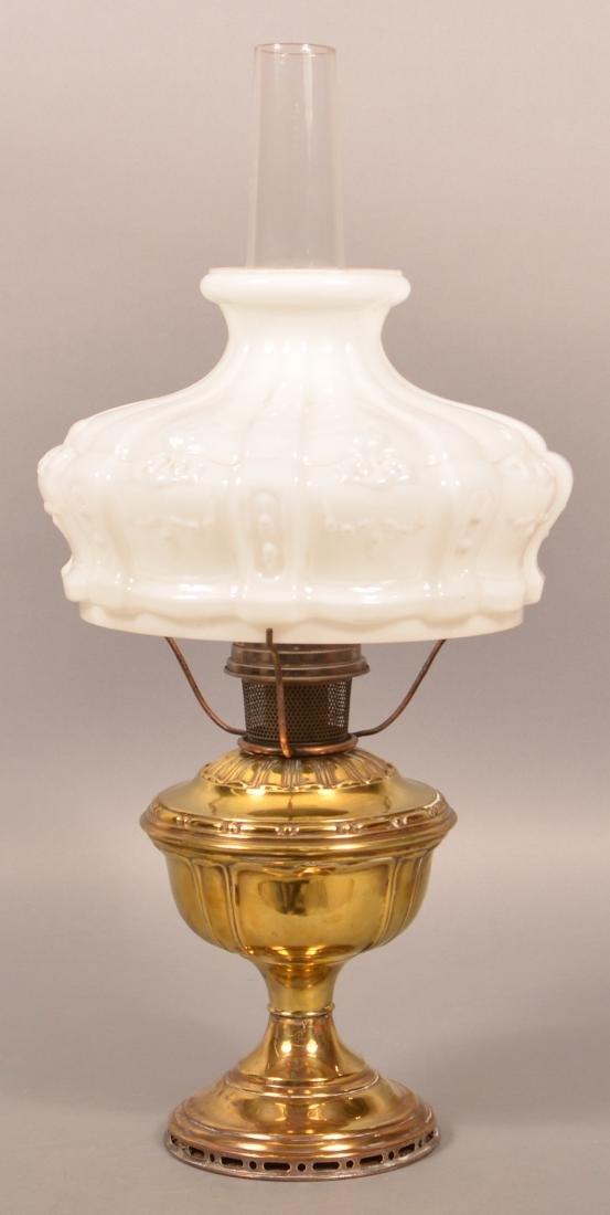 Brass Pedestal Fluid Lamp with Aladdin Burner. - 3