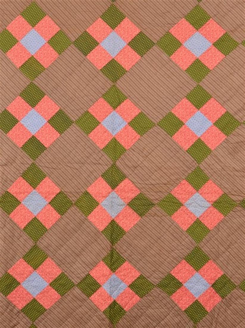 Antique/Vintage Nine Patch Pattern Quilt. - 2