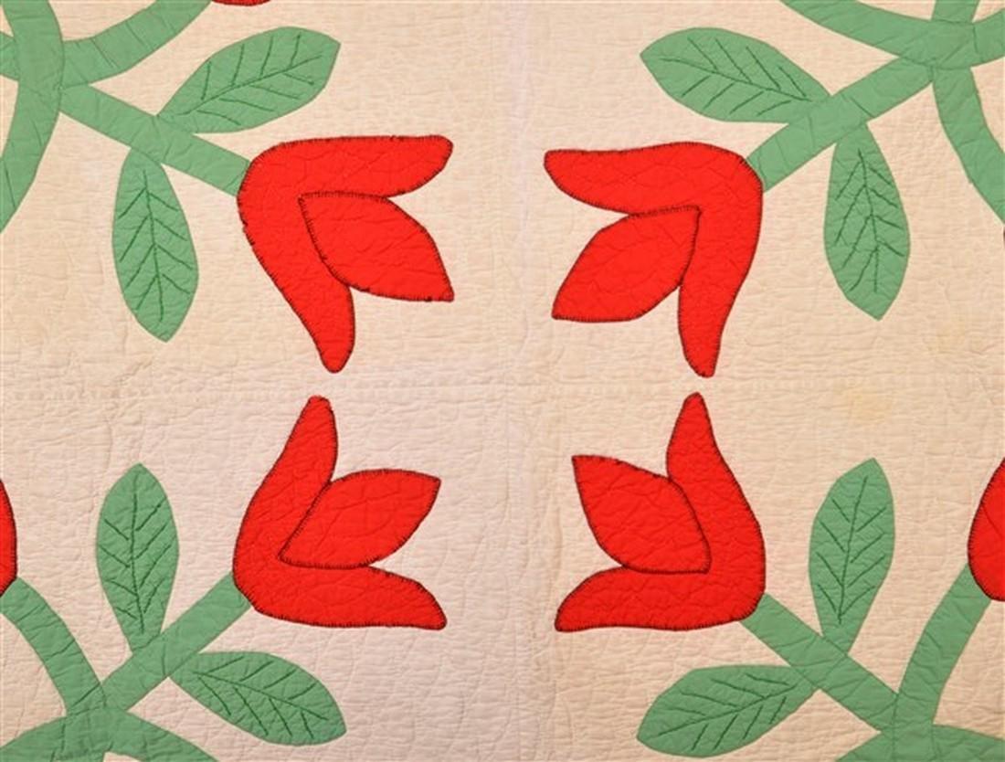 Vintage Tulip Pattern Applique Youth Quilt. - 2