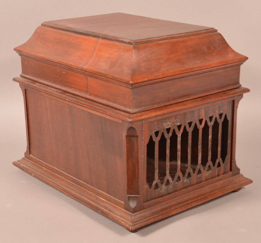 Edison Amberola Cylinder Record Player. - 3