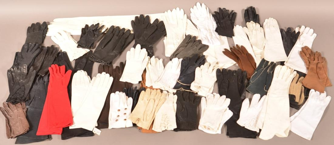 Collection of Antique/Vintage Ladies Gloves.