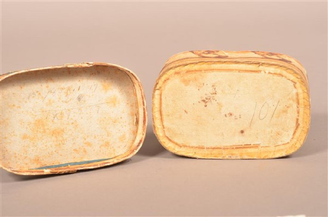 19th Century Oval Wallpaper Covered Box. - 6