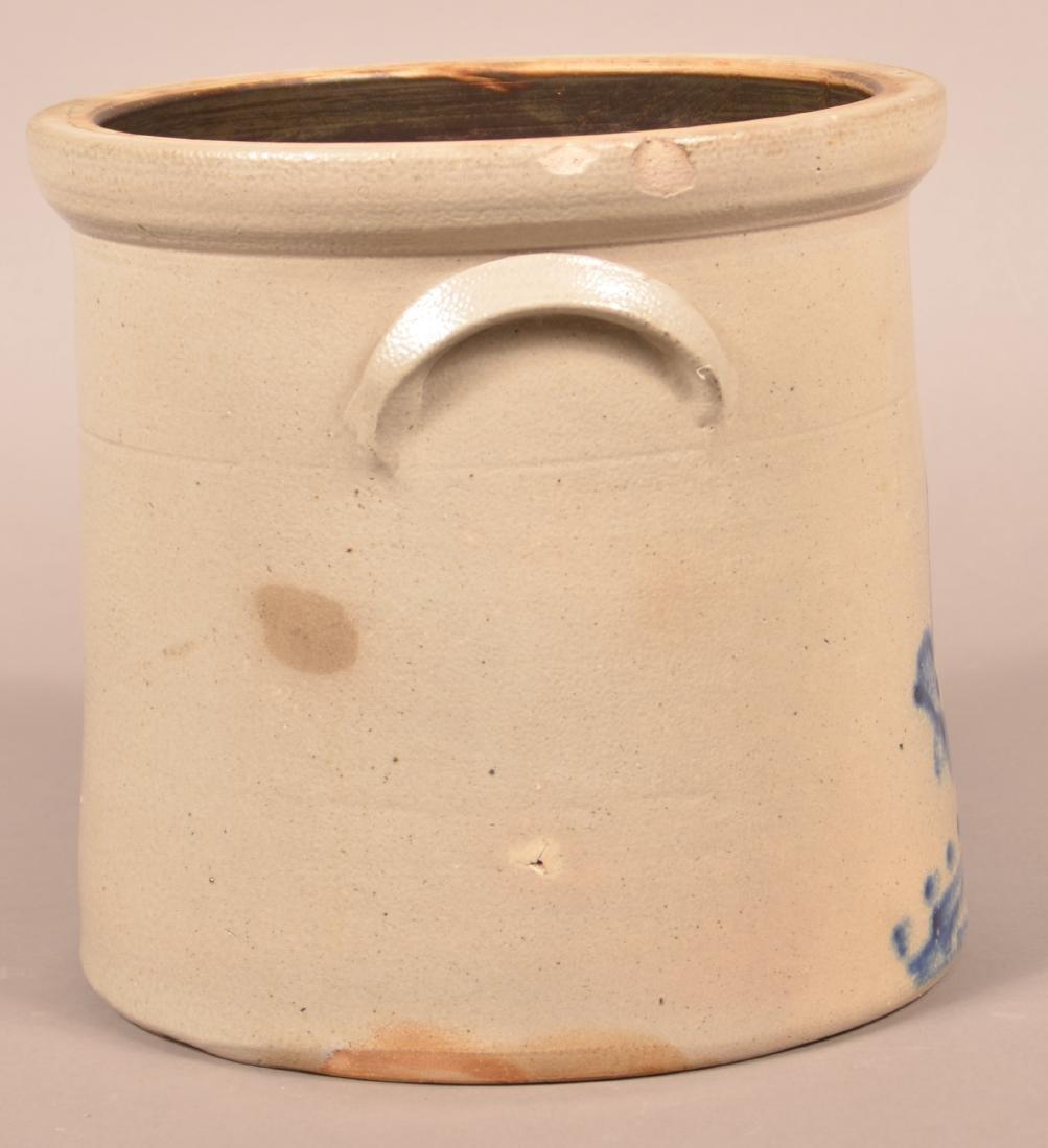 Stoneware Crock with Pecking Chicken Decoration. - 2