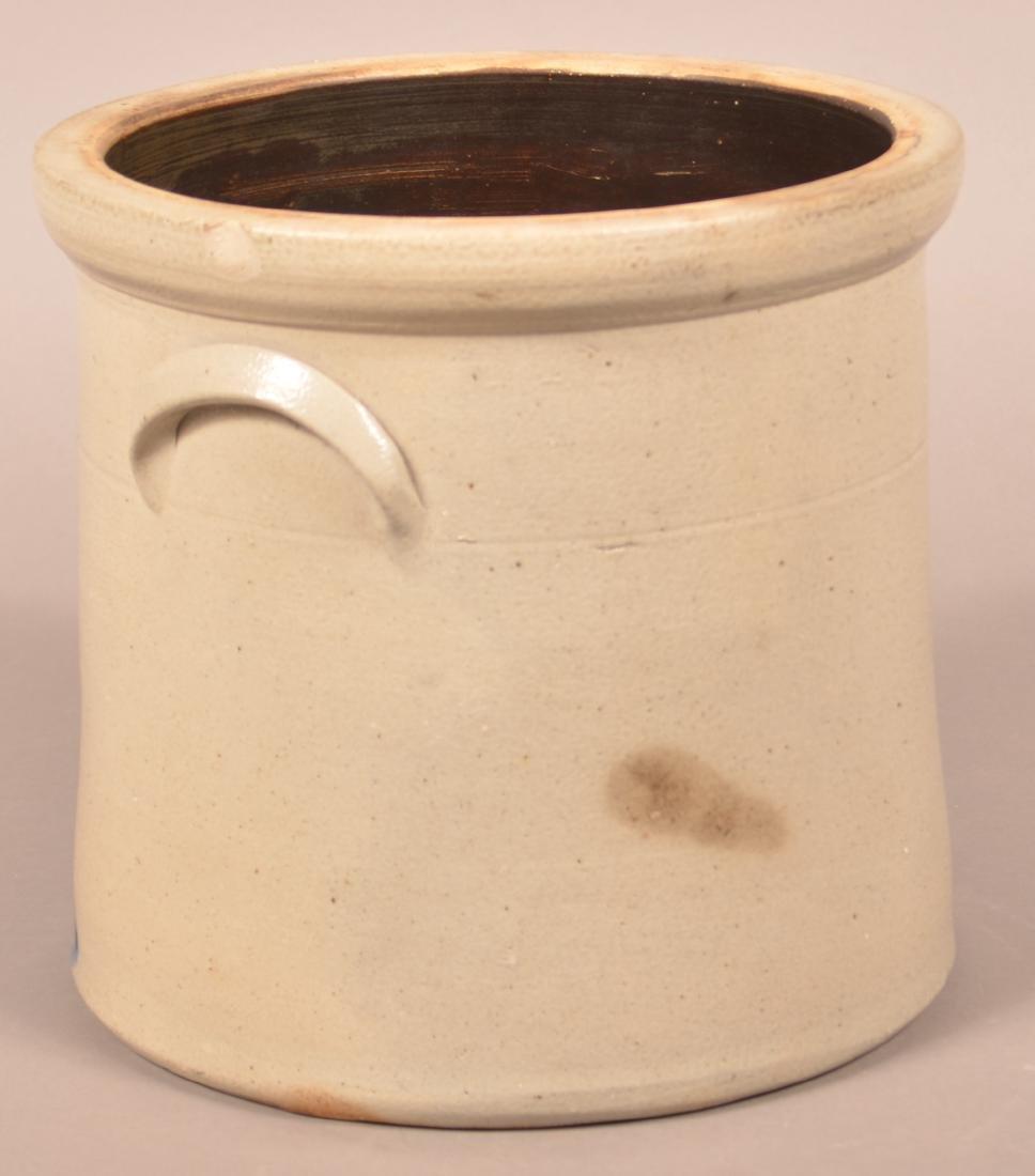 Stoneware Crock with Pecking Chicken Decoration. - 3