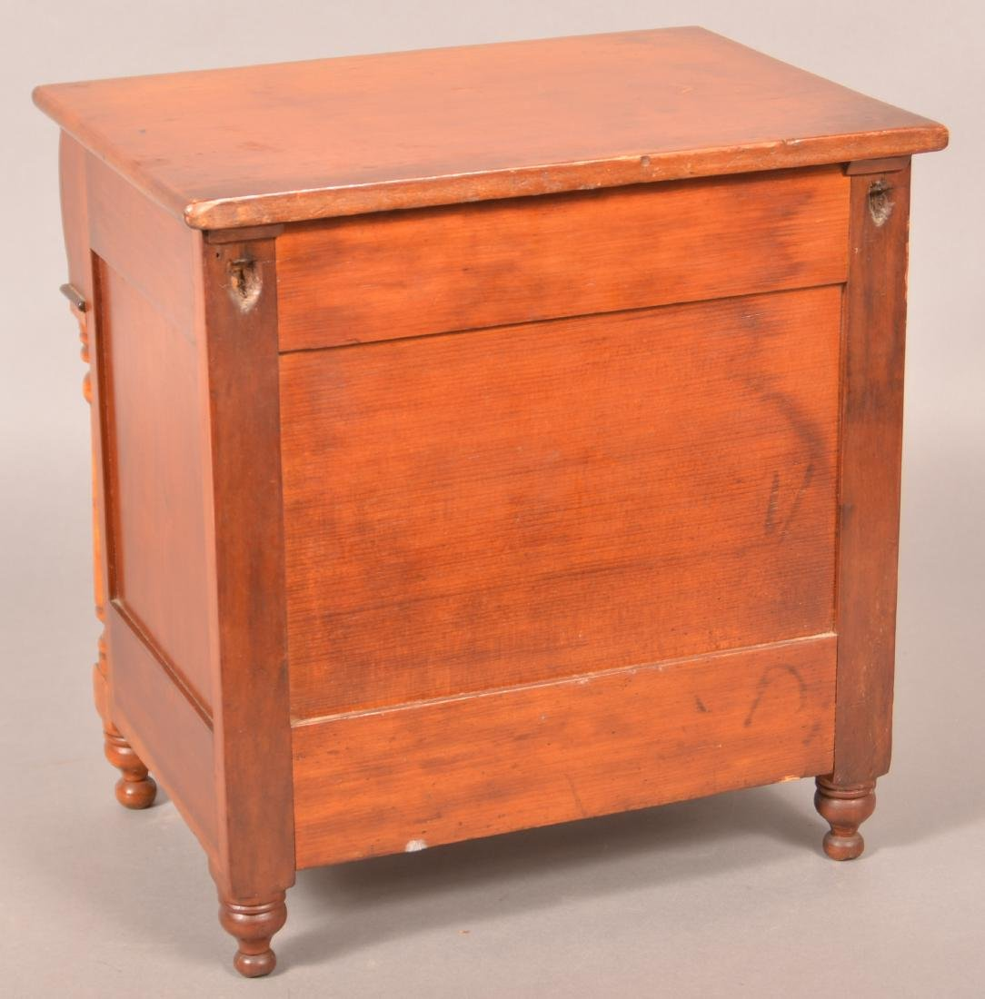 Pennsylvania Empire Miniature Chest of Drawers. - 3