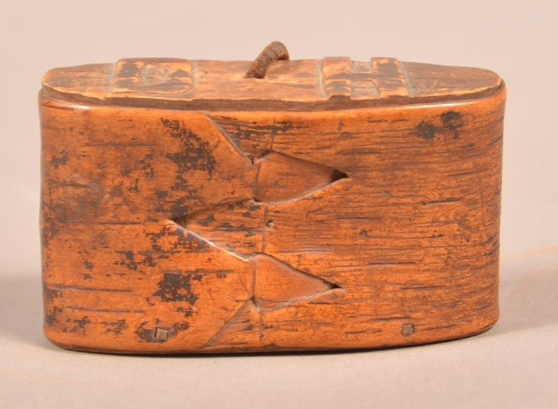 Antique Bentwood Snuff Box.