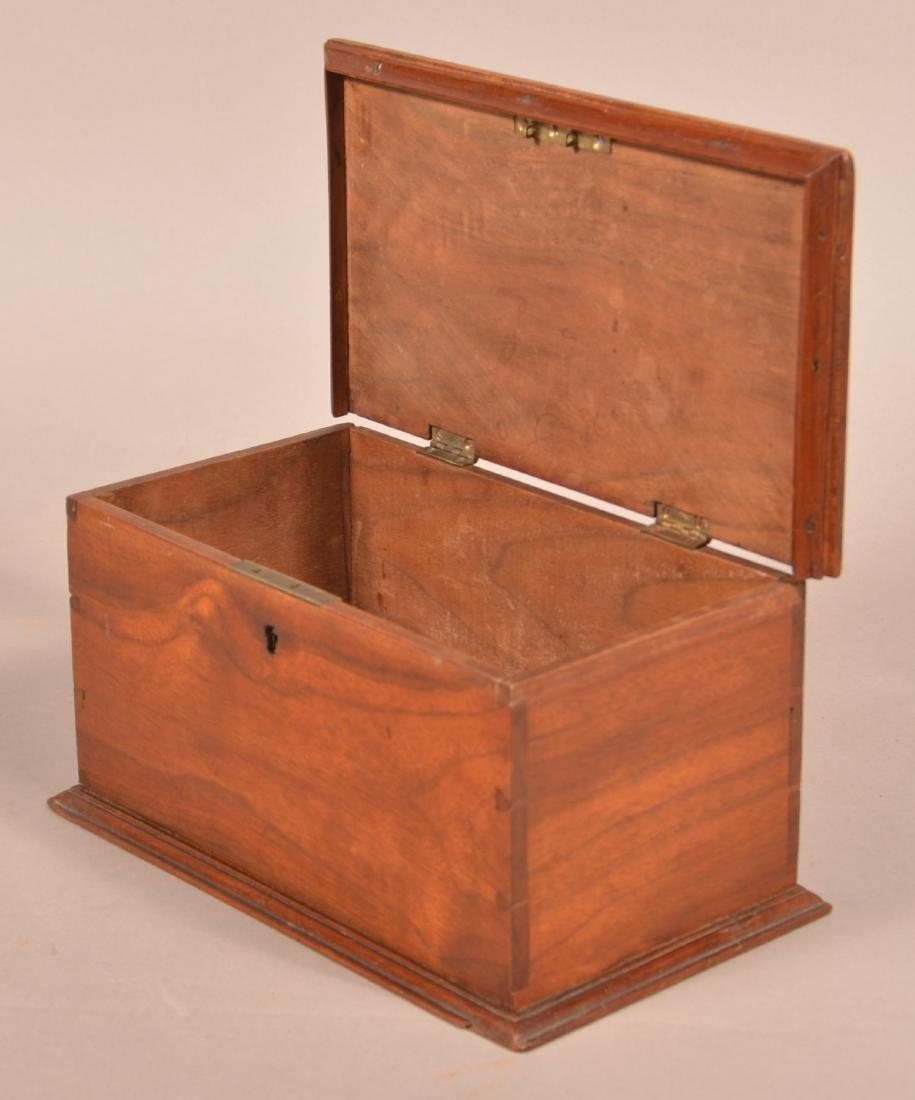 19th Century Mahogany Trinket Box. - 2