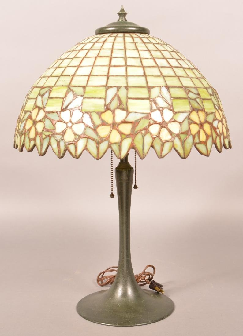 Vintage Leaded Slag Glass Shade Table Lamp.