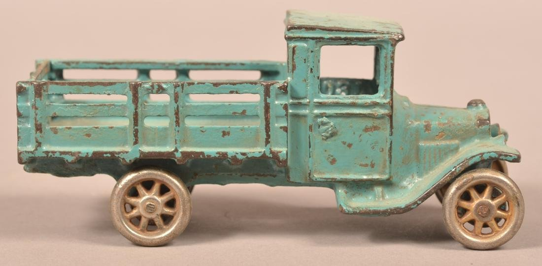 Arcade Cast Iron Model T Stake Body Truck. - 3