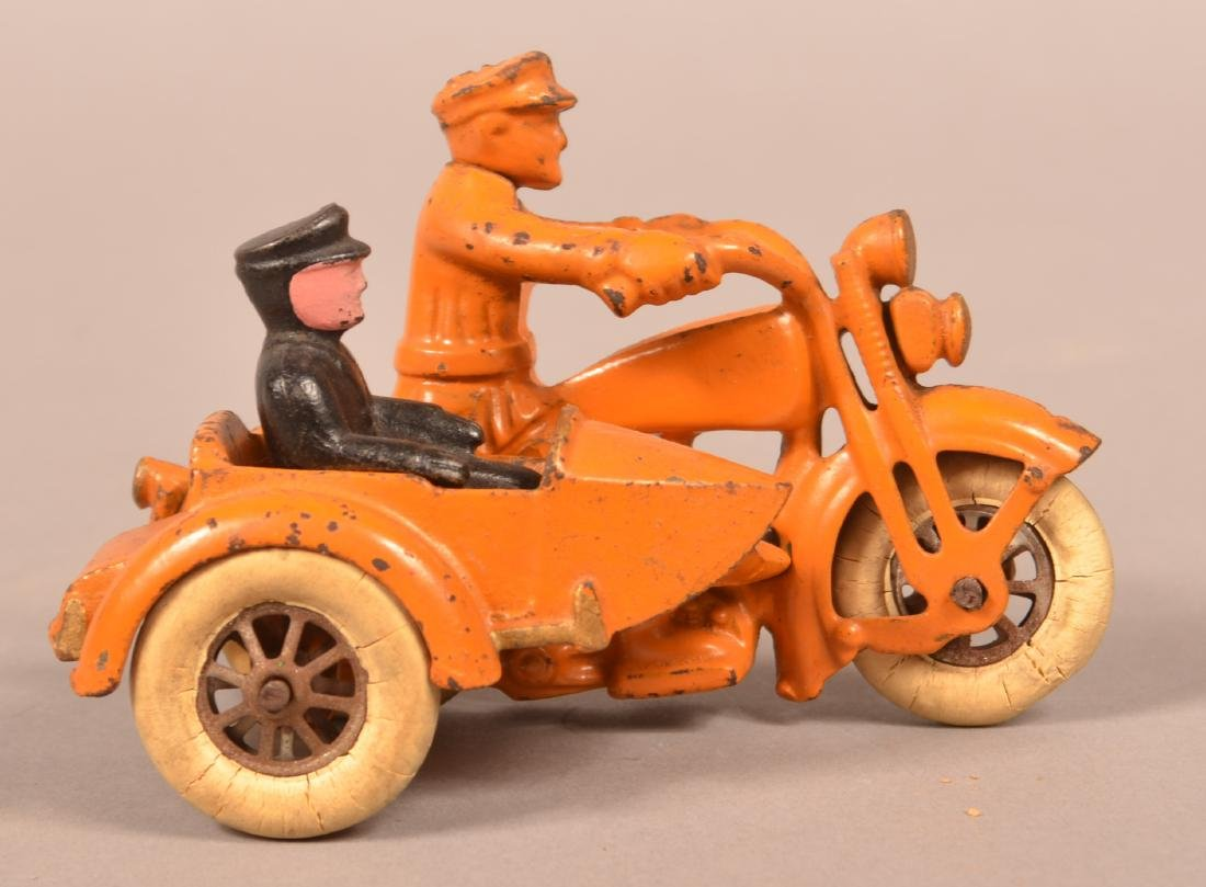 Hubley Cast Iron Harley Davidson Motorcycle. - 2
