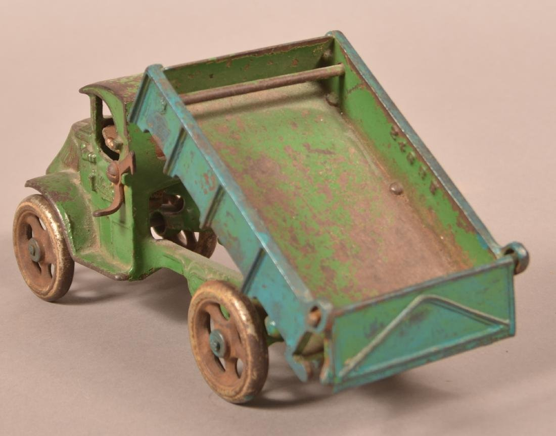 Arcade Cast Iron Mack Dump Truck. - 4