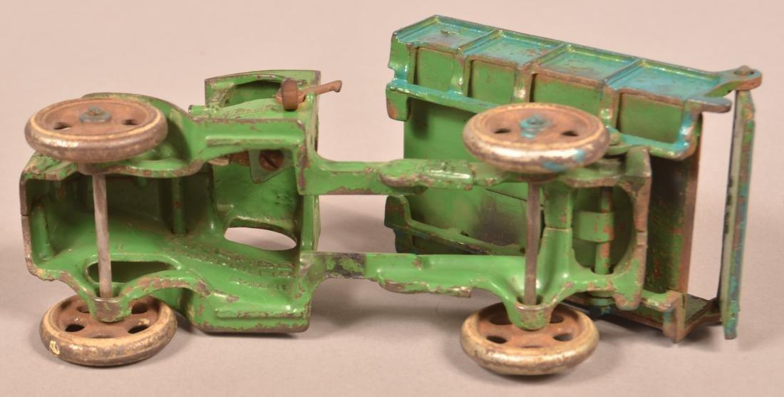 Arcade Cast Iron Mack Dump Truck. - 5