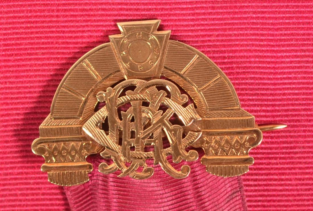 14k Masonic Presentation Badge - 3