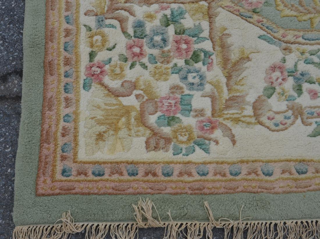 Modern Floral Pattern Wool Room Size Rug. - 3