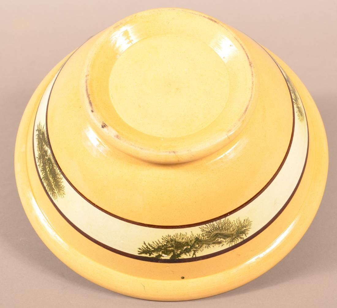 Yellowware Mixing Bowl w/ Seaweed Decoration. - 4