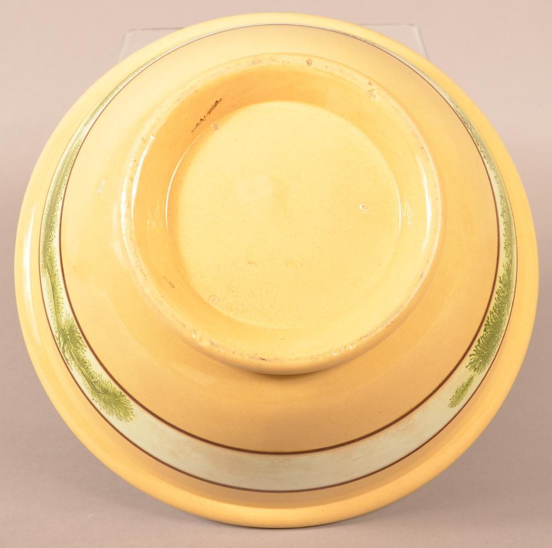 Yellowware Mixing Bowl w/ Seaweed Decoration. - 5