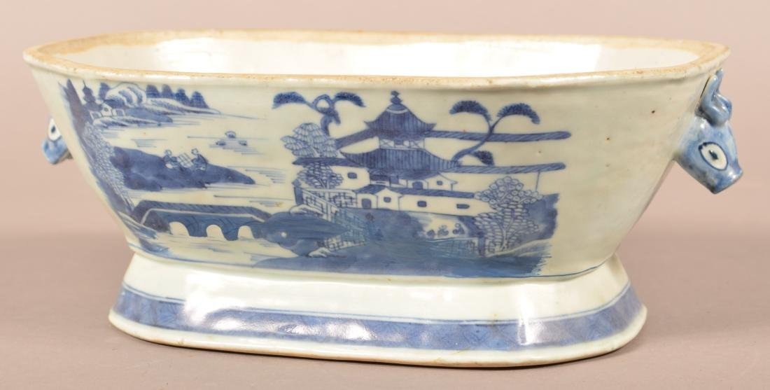 Two Pieces of Canton Oriental Porcelain. - 2
