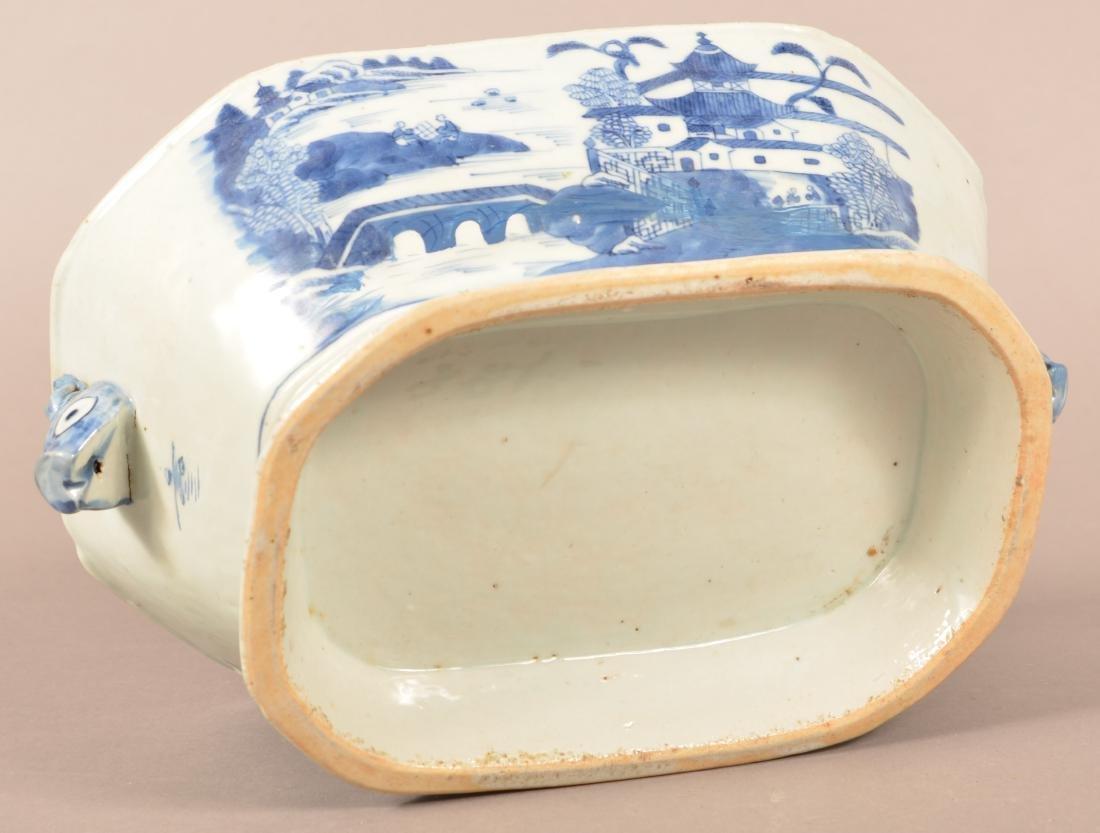 Two Pieces of Canton Oriental Porcelain. - 3