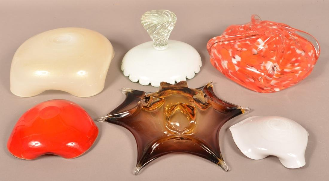 Five Pieces of Contemporary Art Glass. - 2