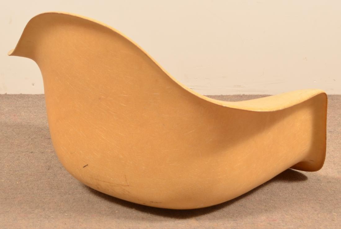 Herman Miller Molded Fiberglass Chair. - 2