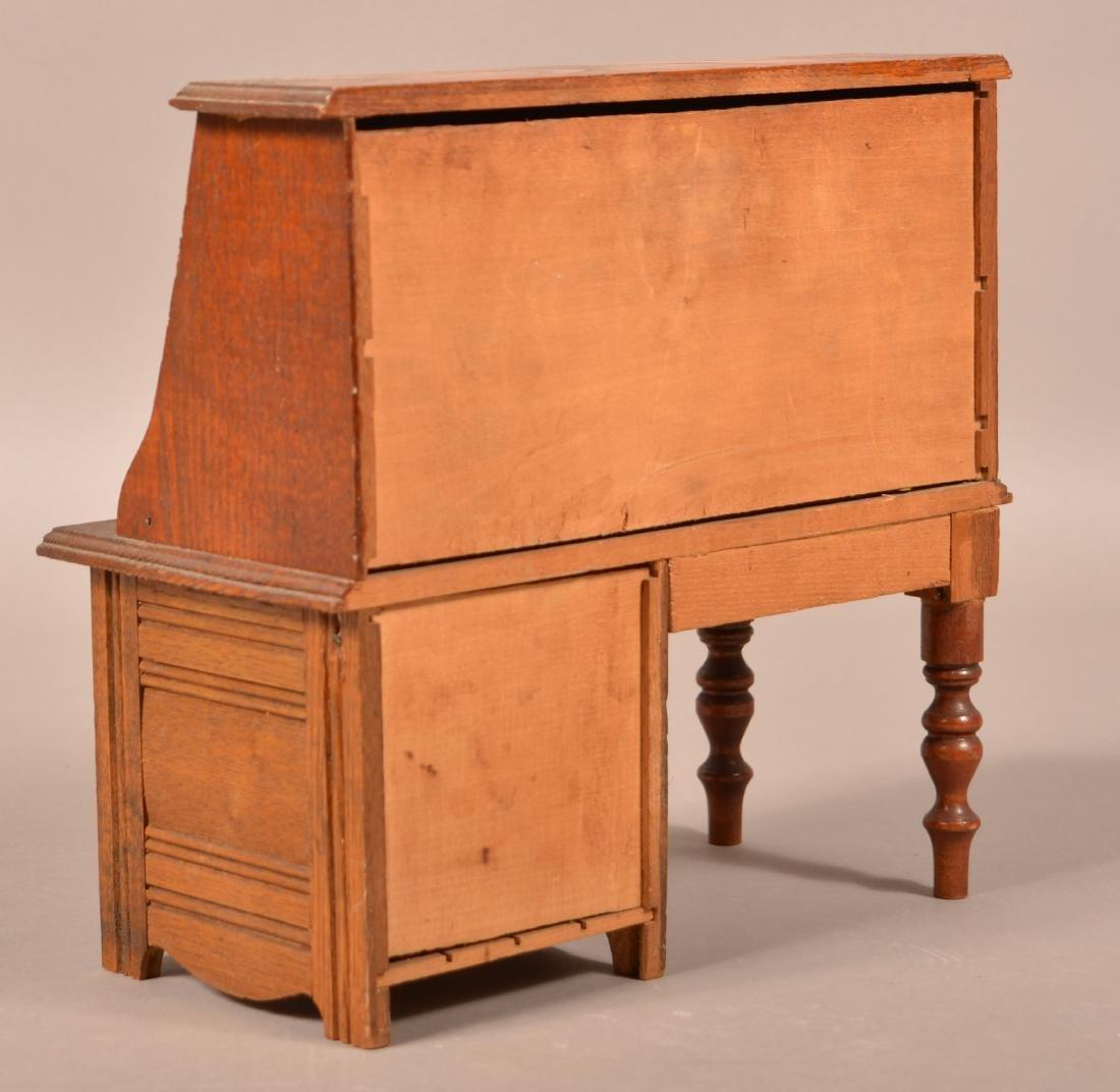 Antique Oak Miniature Fall-Front Desk. - 3