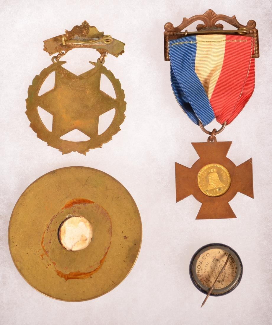 Four Various George Washington Souvenir Pins. - 2