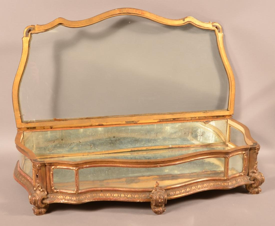 Antique Carved and Gilt Table Top Curio Cabinet. - 3