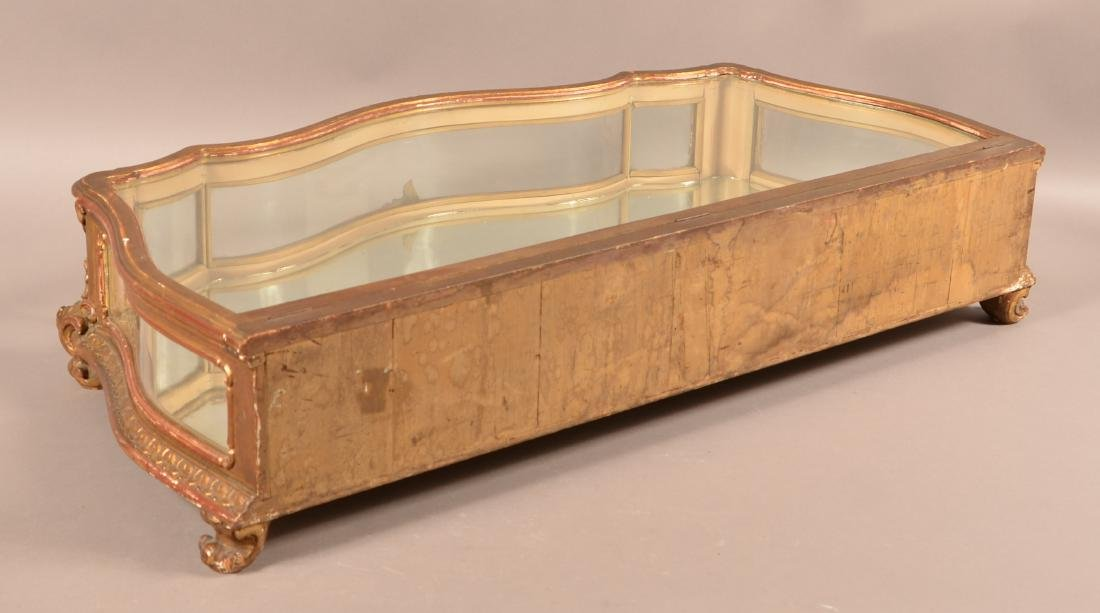 Antique Carved and Gilt Table Top Curio Cabinet. - 4