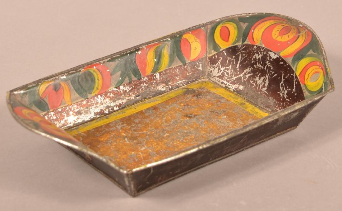 Pennsylvania 19th Century Toleware Bread Tray. - 2