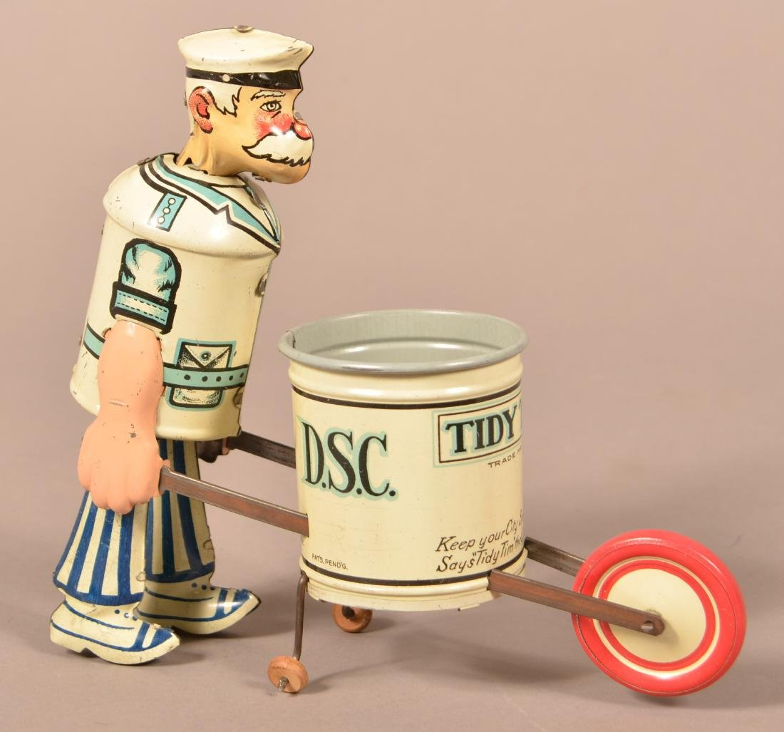 """Marx """"Tidy Tim"""" Tin Lithograph Wind-up Toy."""