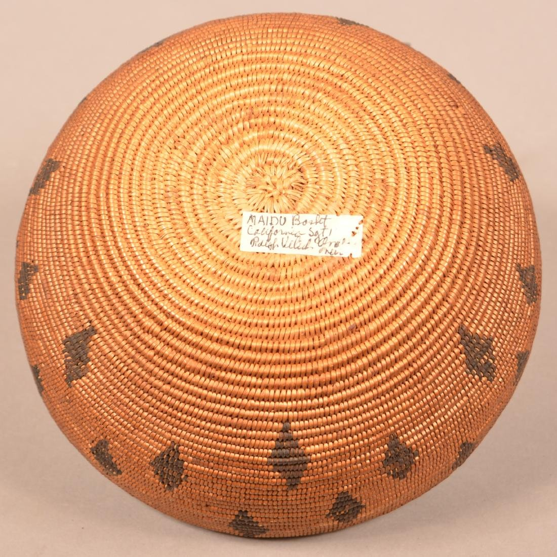 Antique California Coiled Basket Maidu Type w/ Diamond - 4