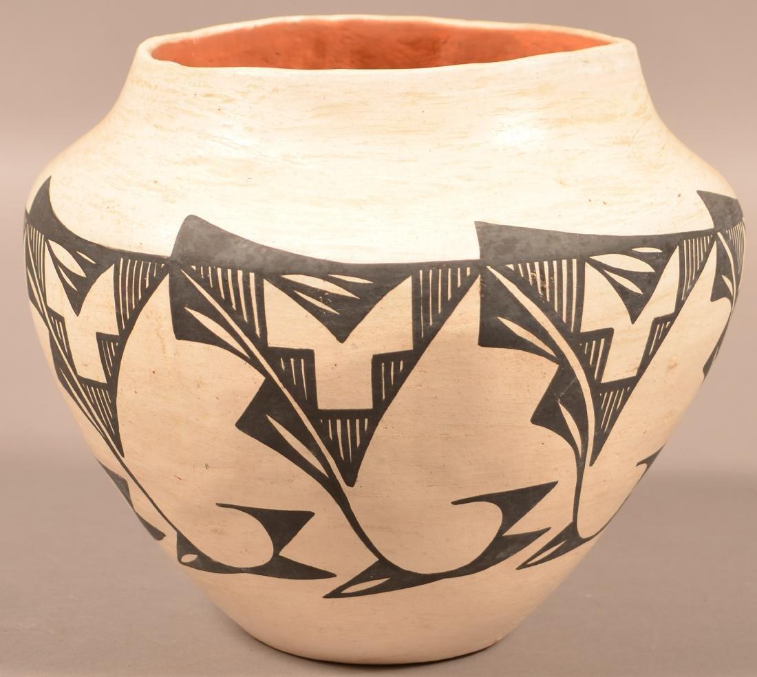 """Vintage Acoma Pueblo Pottery Jar 8 1/2"""" x 9 1/2"""""""