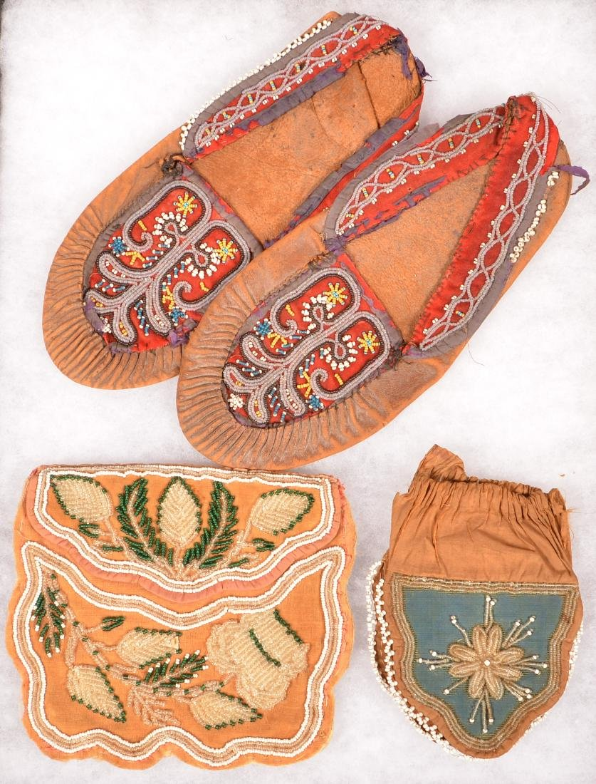 Early N.E Indian Beaded Items - 2 Iroquois Bead Bags