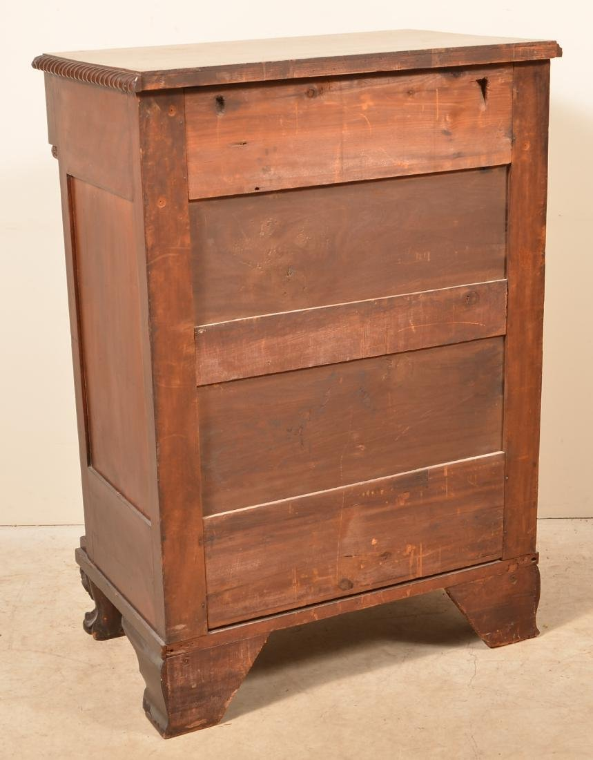 Diminutive Federal Style Mahogany Chest of Drawers. - 3