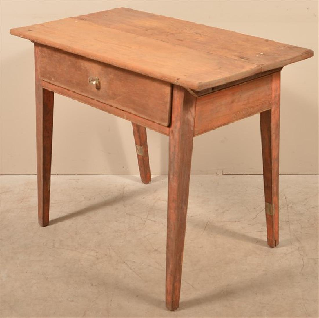 Pennsylvania Hepplewhite Mixed Wood Tavern Table. - 2