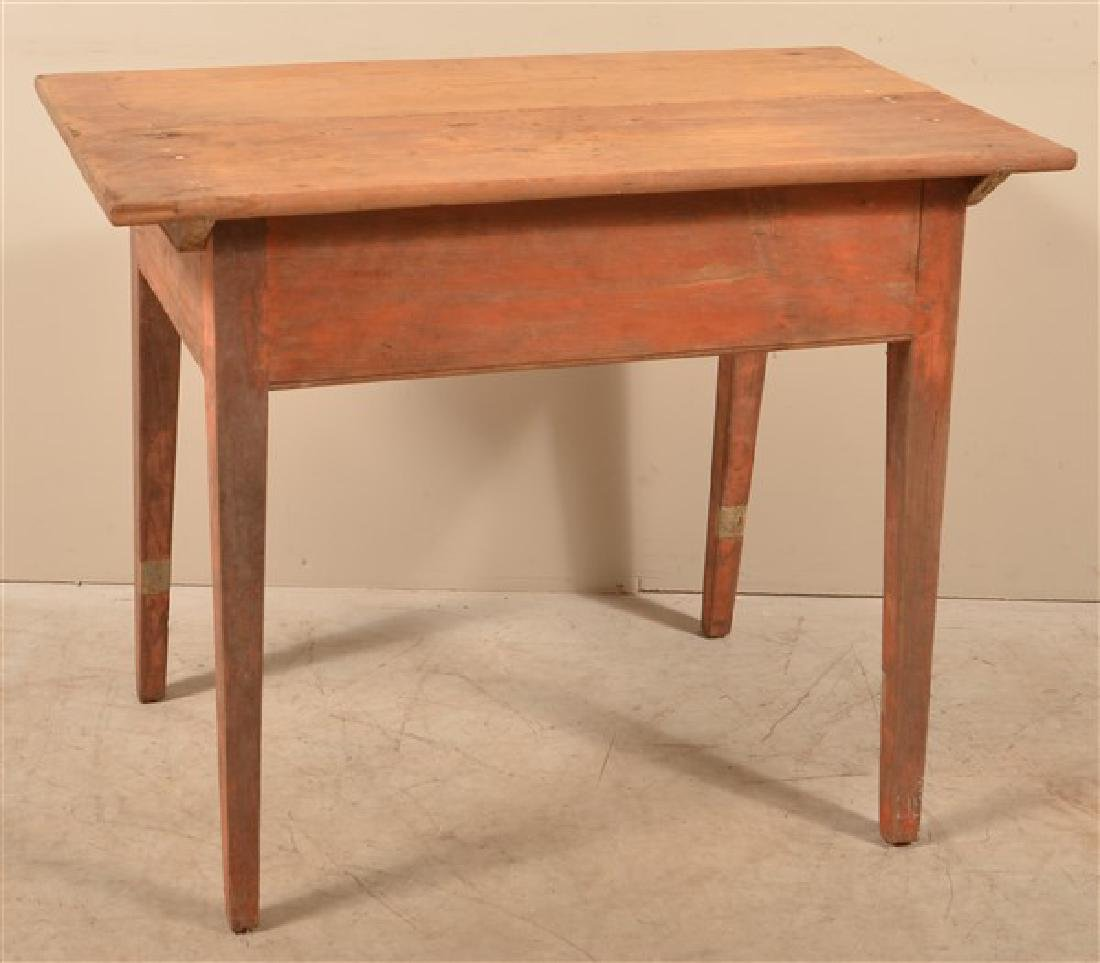 Pennsylvania Hepplewhite Mixed Wood Tavern Table. - 3